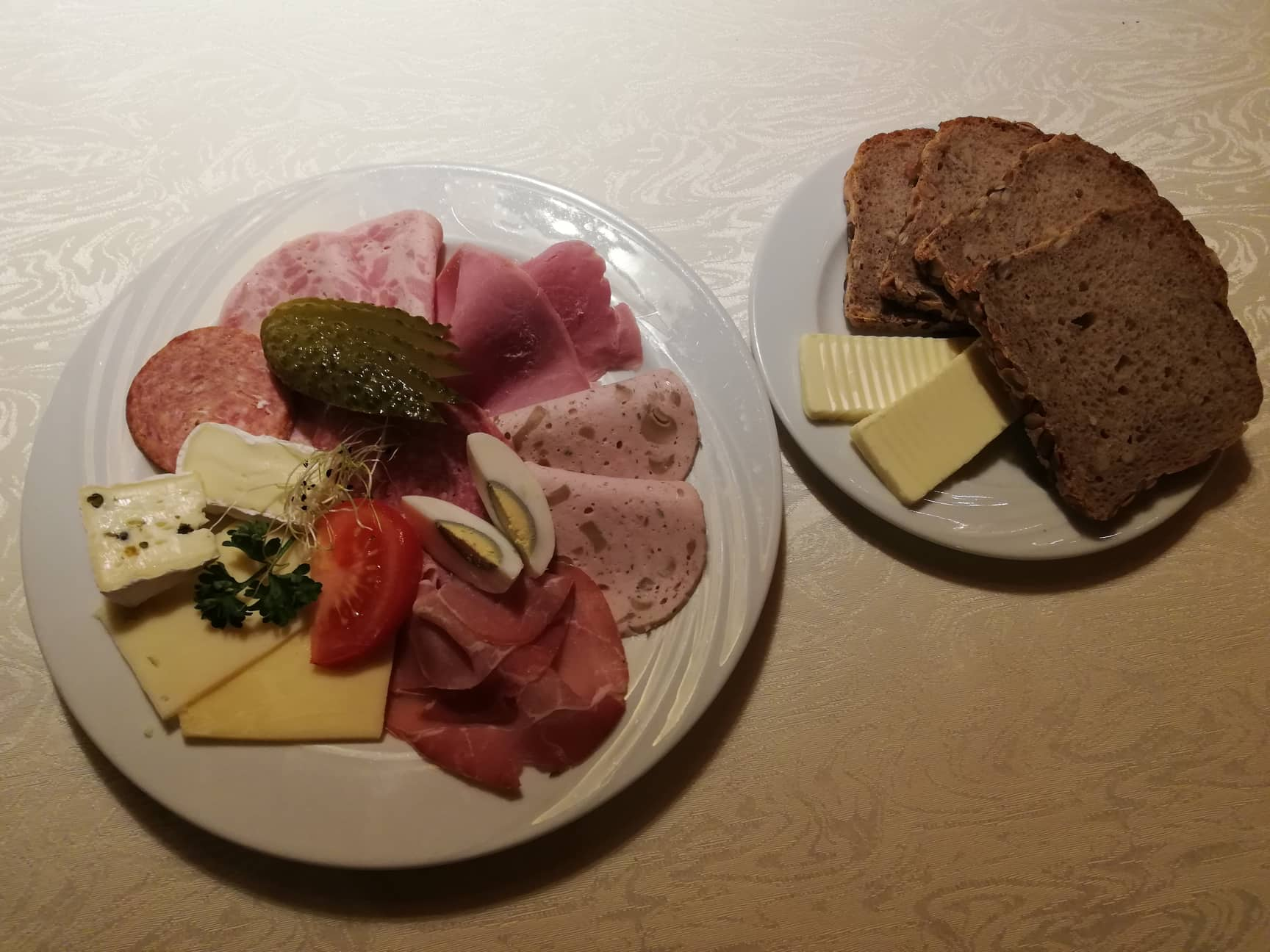 Sausage and cheese plate